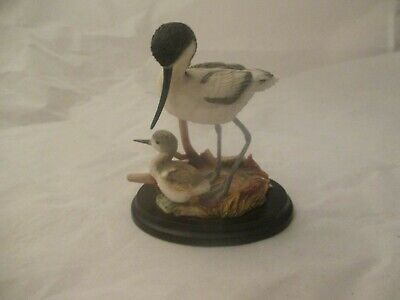 Country Artists Avocet with Chick 03099 Pre Owned