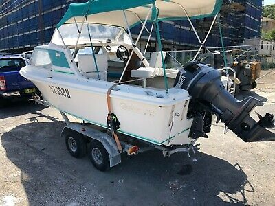 5.2M Carribean (HALF CABIN/BOW RIDER) with 115hp Yamaha & dule axle trailer rego