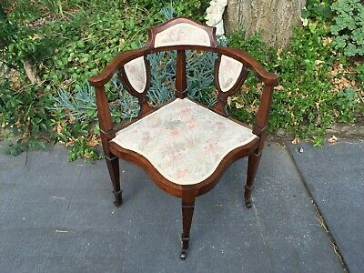 Fabulous Antique 'Corner' Bedroom / Hall / Parlour Chair w Shield Feature!