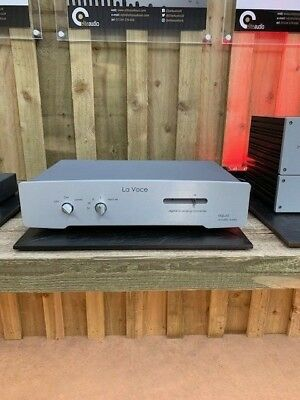 Aqua La Voce S2 DAC. One owner from new. 24 mths warranty. Synergistic Fuses