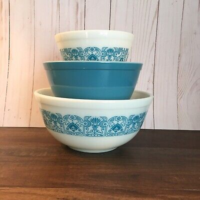 Vintage Pyrex Horizon Blue Nesting Mixing Bowl Set 401 402 403 Teal