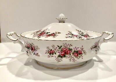 Royal Albert Lavender Rose Covered Server Excellent Vegetable potatoe soup