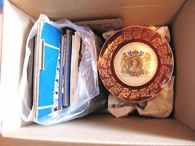 ROYAL MEMEROBiILIA GEORGE V, TO  CHARLES & DIANA; PLATES, MUGS, BOOKS & MAGS