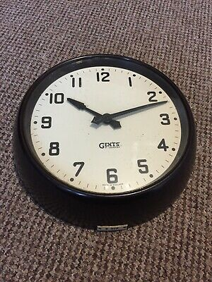Gents Of Leicester Slave Clock - Vintage Railway Bakelite Clock. Good Condition