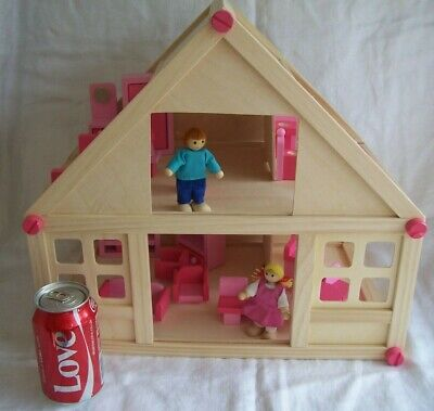 Gisela Graham Furnished Wooden Doll House Playhouse + 2 Dolls Minor Assembly Req
