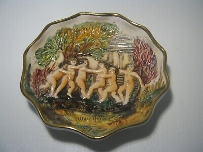 Antique Capodimonte Italy 3D Relief Hand Painted Cherub 4 1/4'' Inches Bowl 1506