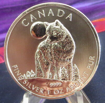 2011 1 troy oz .999 Silver Timber Wolf Royal Canadian Mint $5 coin