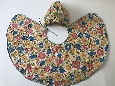 VINTAGE AUTHENTIC RETRO 1960's FLORAL SHOWER   CAP AND MAKE UP HAIRDRESSER CAPE