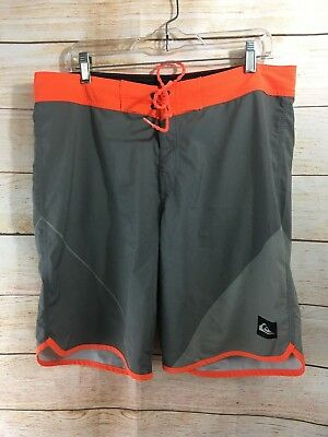 155712d1e3 QUIKSILVER MEN'S AG47 Everyday Scallop Boardshorts Sz 36 - $34.99 ...