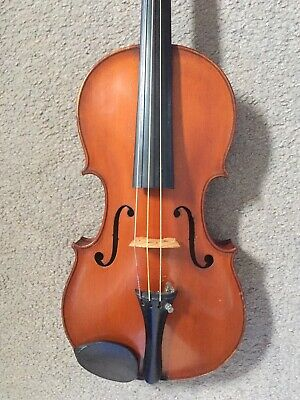 A French Violin labelled H Clotelle