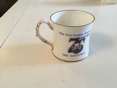 Coalport Girl Guides mug 1910 - 1985 anniversary of the girl guides cup