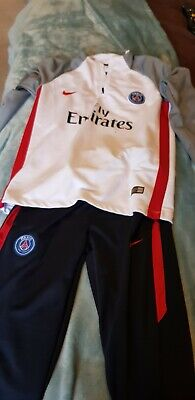 Boys Paris Saint- Germain nike Tracksuit Age 10-12 Years