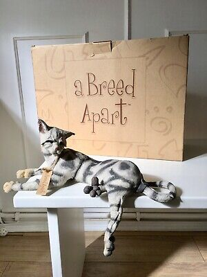 """Very Rare Collectable Country Artist """"A Breed Apart"""" Large Cat """"Dangle"""" Ornament"""