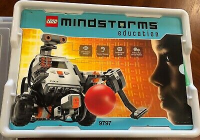LEGO MINDSTORM EDUCATION NXT Kit 9797 w/Software CD & NXT User Guide