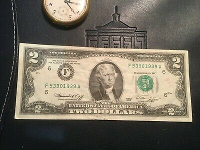 Vintage *rare* 1976 Two Dollar Bill $2 Bill In Protective Holder Great Gift