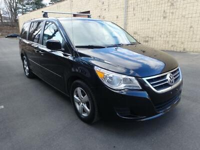 2010 Volkswagen Routan SEL w/RSE & Navigation Routan SEL w/RSE & Navigation 89K Miles POWER FOLDING REAR SEATS DUAL TV/ DVD
