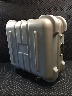 Thermodyne lightweight transit case with wheels
