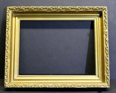 Antique Deep Sloped Gilded Cove Early American Gallery Frame 13 1/2 x 10