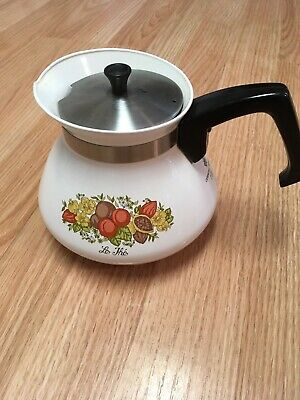 Vintage CORNING WARE 6 Cup Coffee Tea Pot rare  with Lid P-104