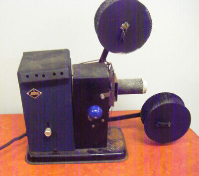 EKA 35mm Toy Projector Vintage Collectable.