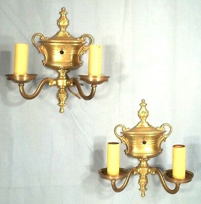 ANTIQUE PAIR OF EARLY 20th C.CLASSICAL ADAMS URN BACK DOUBLE ARM BRASS SCONCES