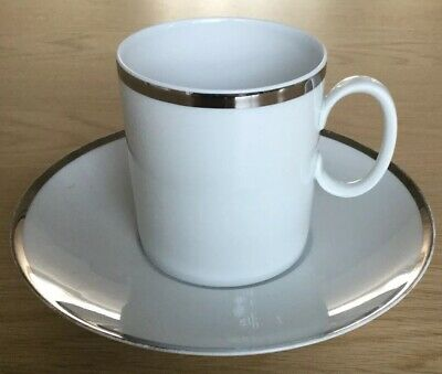 4 Thomas White Cups And Saucers Wide Platinum Band