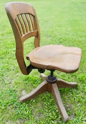Antique B.L. Marble Chair Co Bedford Ohio USA Banker Rolling Office Swivel Chair