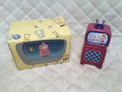2000 *I Dream Of Jeannie* Collectible TV Salt And Pepper Shakers NEW IN Box