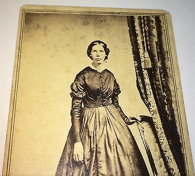 Antique Civil War Era Skinny American Fashion Beauty! Lovely Lady CDV Photo! US!