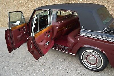 "1971 Rolls-Royce Silver Shadow - Long Wheel Base (""LWB"") - with DIVISION FULLY RESTORED - Factory ""Division"". Collectable VERY rare, spectacular example."