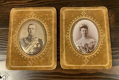 Beautiful Pair Of Antique Photographs - Depicting The King And Queen Of Holland