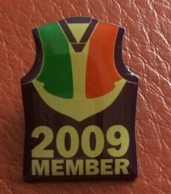 2009 FREMANTLE DOCKERS FOOTBALL CLUB MEMBER BADGE / PIN AFL - Free Post
