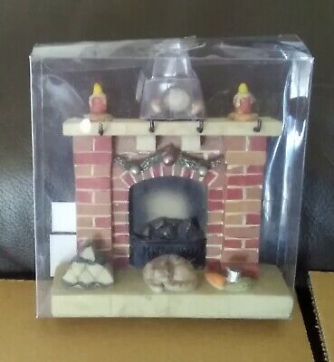 BRAND NEW DOLLS HOUSE 1/12th SCALE RESIN ORNATE FIREPLACE