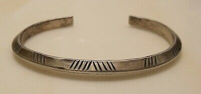Antique Navajo Indian Trade Sterling Silver 29g hallmarked/dated Cuff Bracelet