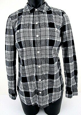 eabb3ad0f0818a OLD NAVY Size Small Black White Plaid Long Sleeve Button Shirt Womens  EXCELLENT