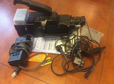 SONY VIDEO 8 Handycam CCD-F45 analog camcorder w/ original instructions  As  is