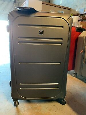 New TAG VECTOR II 3 PIECE HARDSIDE SPINNER LUGGAGE SET CHARCOAL