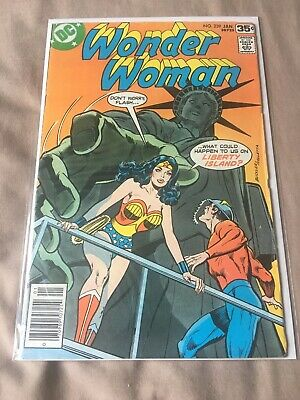 Wonder Woman 239, DC Comics, 1978 (VF)