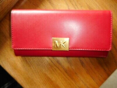 96b60eb0be5c NWT Michael Kors Mindy Carryall Leather Wallet in Scarlet Retail $178.00