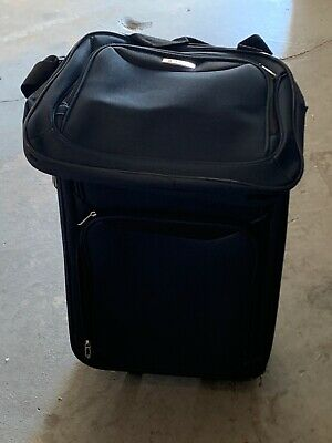 Tag Springfield III Lightweight Spinner Luggage Set 3 Pieces, Navy