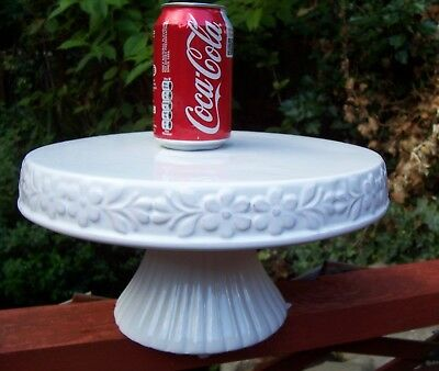 Gisela Graham Large Pedestal Ceramic Cake Stand Embossed Edge W 29cm  H15cm  New
