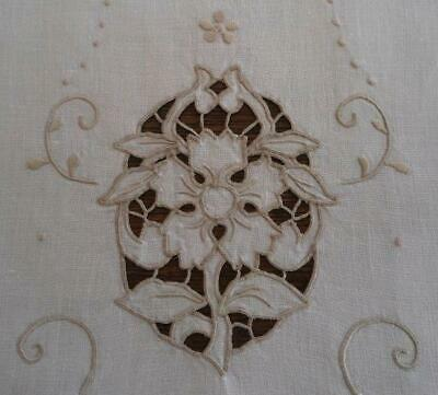 """Vintage Table Runner Madeira Cutwork Embroidered Flower Taupe Linen 41"""""""