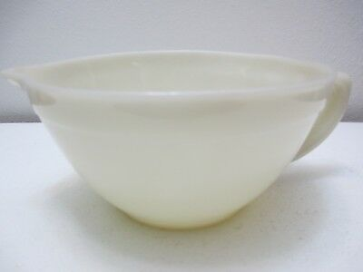 """Vintage Fire King Glass Batter Bowl Oven Ware Ivory in Color 3 7/8"""" Tall"""