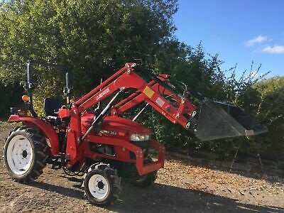 Siromer 304Tractor 4wd, 510 Pasture Topper And Fleming TR2 Tipper Trailer