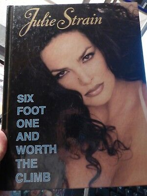 Julie Strain Six Foot One And Worth The Climb livre USA
