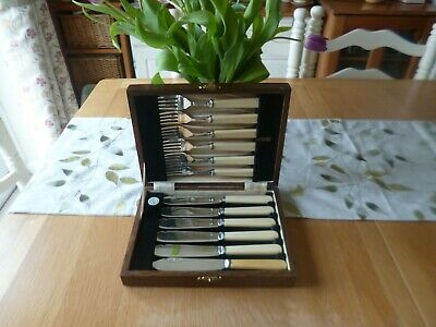Quality Vintage 1920's/30's Silver Plated Cutlery in Oak Box-Boodle & Dunthorne
