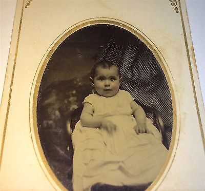Antique Victorian American Hidden Mother, Holding Child By Neck NY Tintype Photo