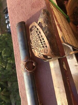 1914 Incised WW1 beautiful Austria-Hungary Sword with brass Guard a. Scabbard
