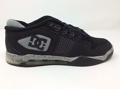best sneakers b5d21 9e732 Dc Shoes Men s Ryan Villopoto Black Low Top Skate Shoe - Size 7.5M - New