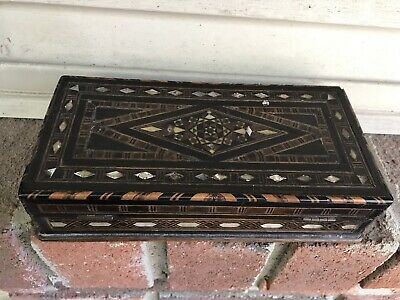 Antique Pattern Wooden Inlay Mother of Pearl Picture Jewelry Trinket Box